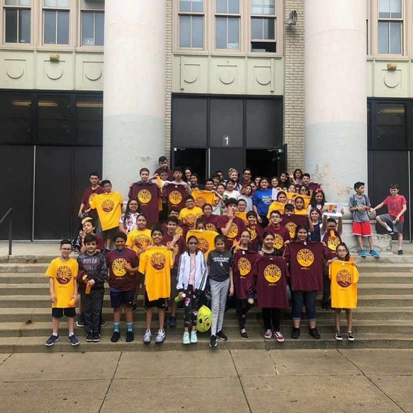 Latinos Progresando Summer Camp is in full effect! Over 100 @mariasaucedoscholasticacademy students participating in sports + fitness, science + nature, arts + tech, and other programs.
